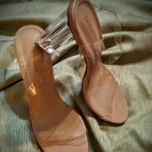 LADIES SZ. 10 FASHION NOVA NUDE/GLASS STRAPPY HEEL
